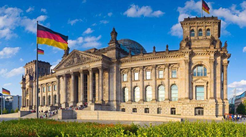 Германија во сред економска криза одлучи да ја зголеми минималната плата