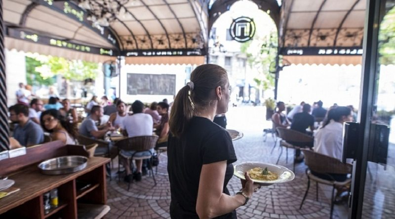 МКД: Македонски угостители ќе увезуваат келнери од Украина